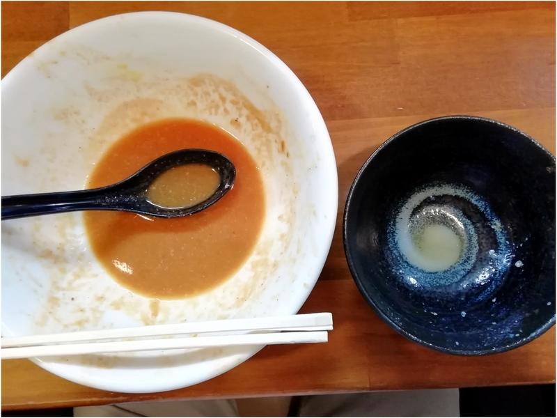 自家製麺 ラーメンKさんの特製チリトマトラーメンとチャーたまごはんを完食。
