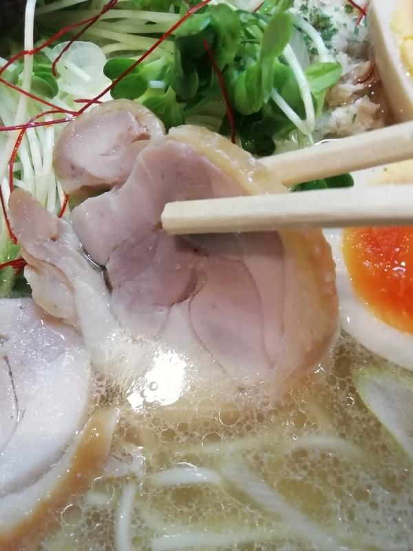 麺屋 鶏口さんの鶏チャーシュー