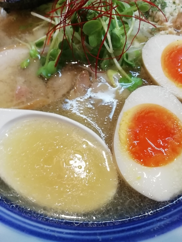 塩鶏そばのスープ