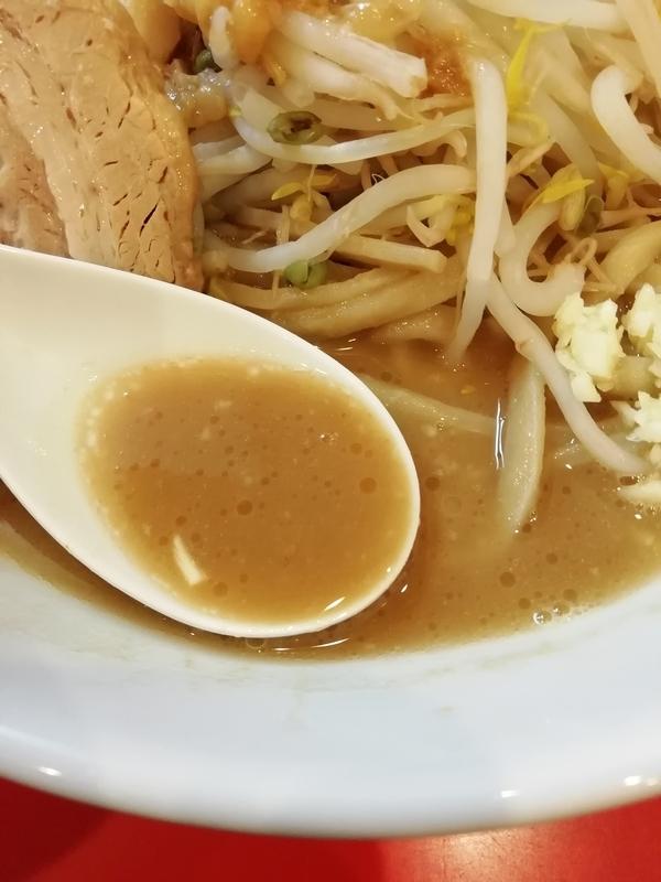 豚ゆうさんのラーメンのスープ