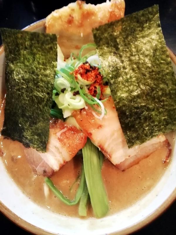 麺家うえださんの特濃魚介豚骨ラーメン(ハード)750円+味玉(ラーパスサービス)