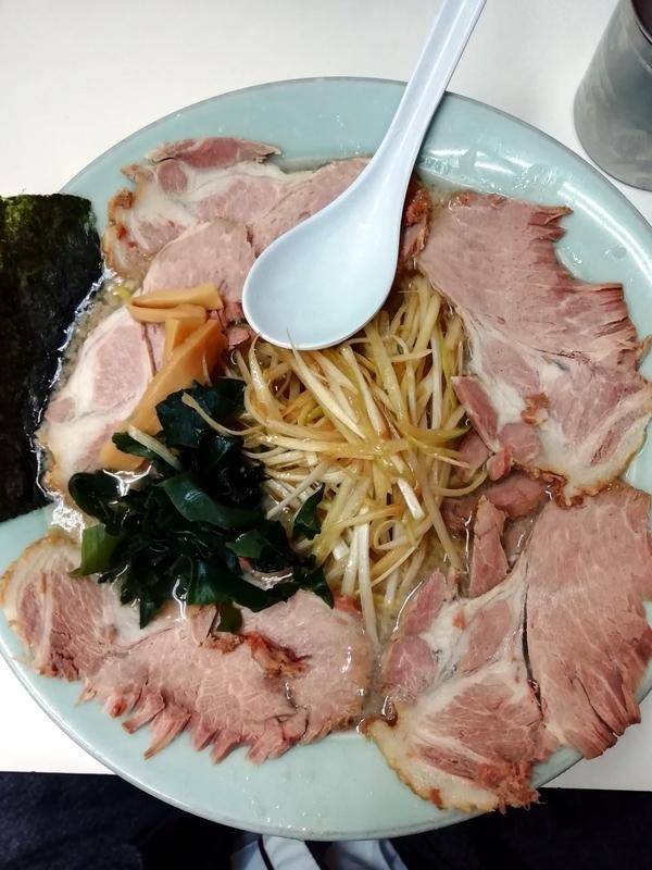 ラーメンショップ椿さんのねぎチャーシュー並 970円(麺硬め・脂多め)