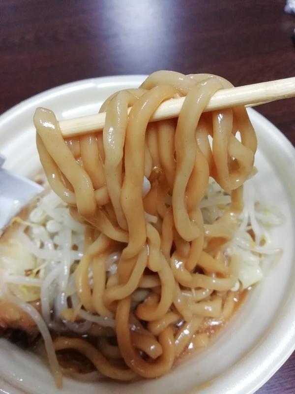 中華蕎麦とみ田 監修 豚ラーメンの麺