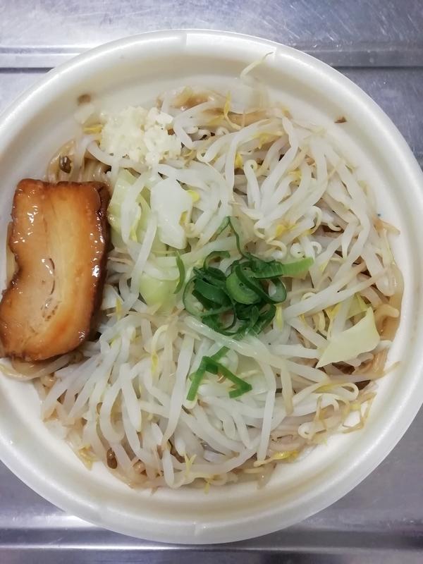 中華蕎麦とみ田 監修 豚ラーメン(セブンイレブン限定)550円(税込)