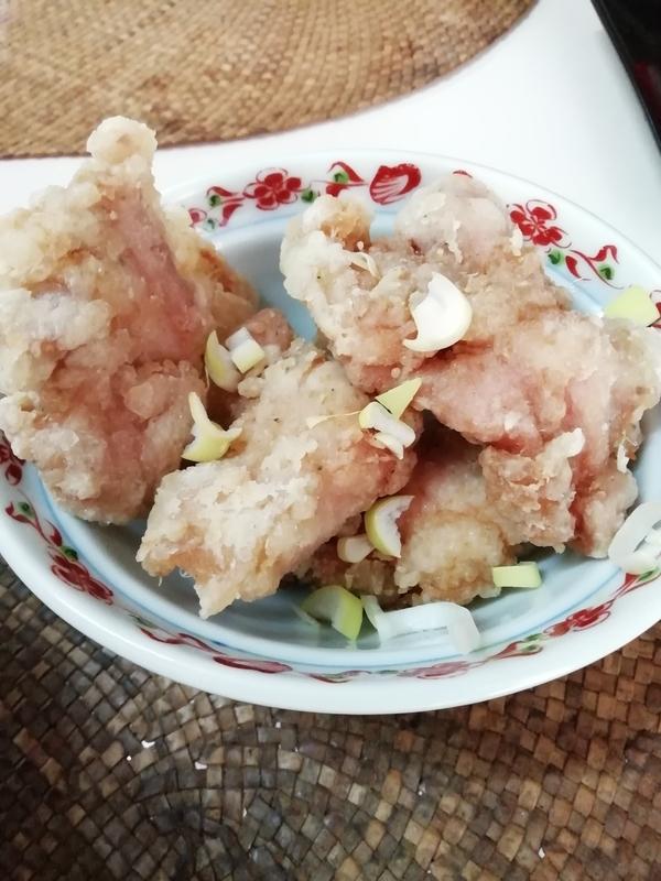 龍門瀑さんの唐揚げごはん定食の油淋鶏