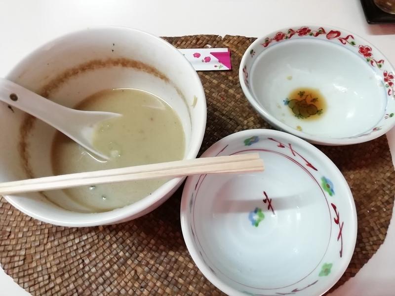 龍門瀑さんの鶏ポタそばと唐揚げごはん定食を完食。