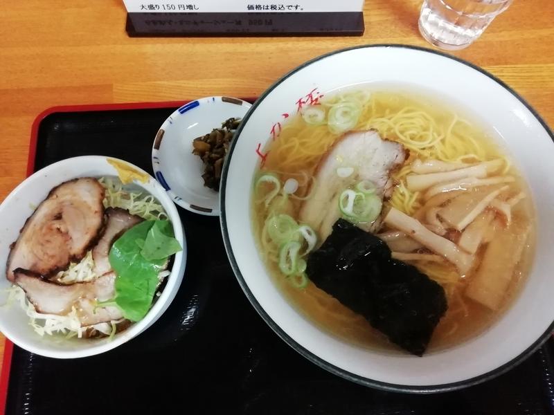 麺匠よか楼 熊谷店さんのらあめん・ミニチャーシュー丼 950円