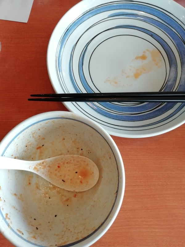 らーめんふくのや加納店さんのチリとまとつけ麺とチーズ入り麦飯を完食・完飲。