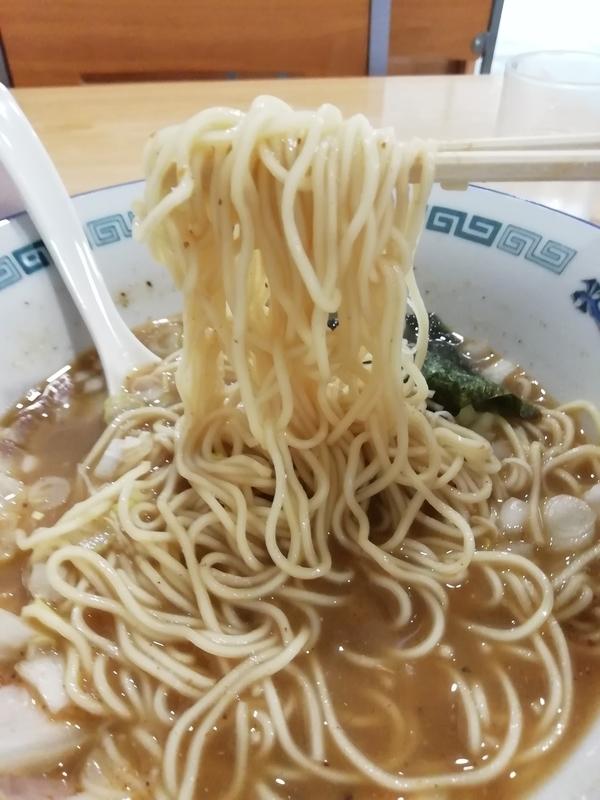 ツバメヤさんの細麺