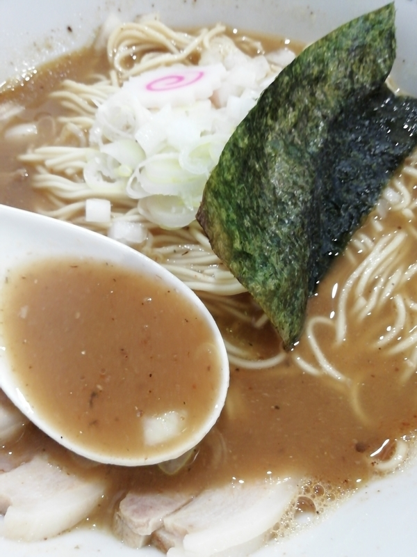 ツバメヤさんの肉入り中華そばのスープ