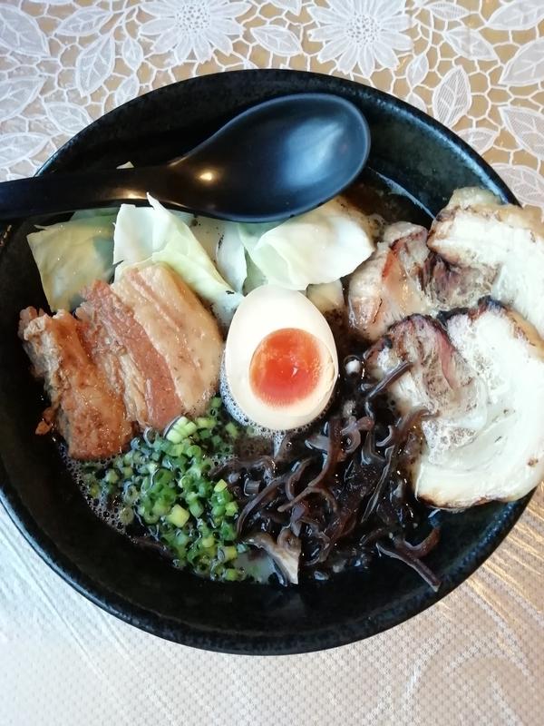 熊本ラーメン大悟さんの特製大悟ブラック 1000円