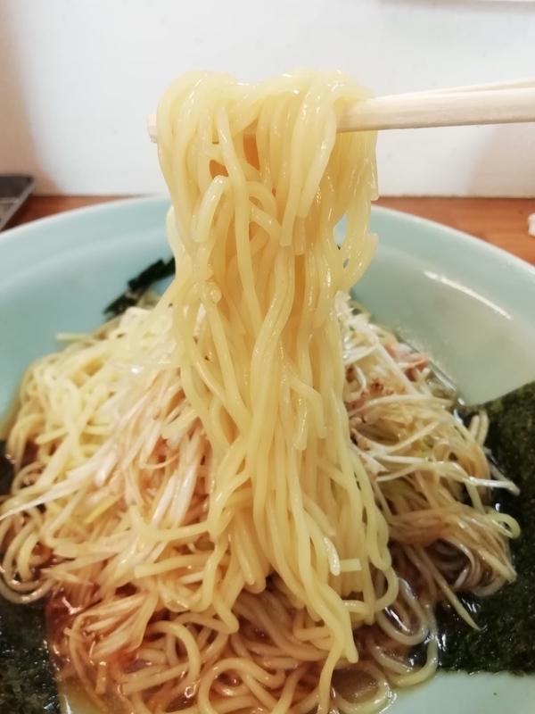 ラーメンショップ深谷川本店さんの冷やしネギラーメンの麺