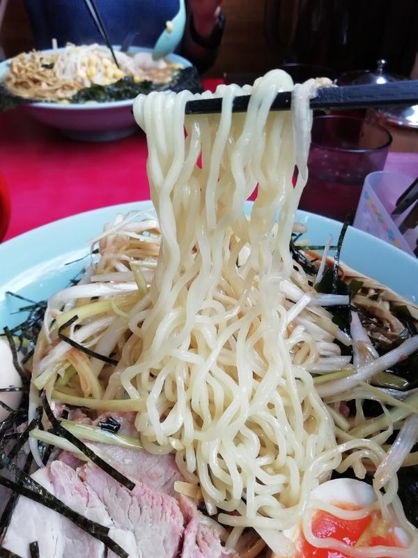 ラーメンショップ金田亭さんのつけ麺の麺