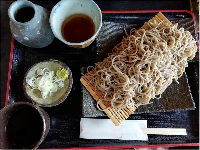 そば処 利庵さんの十割蕎麦(大盛)1030円