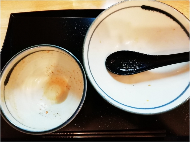 つけ麺 鶏そば いな月さんの鶏魚介の特製つけ麺を完食・完飲。