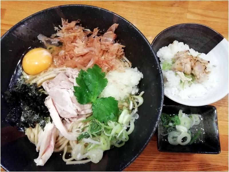 麺屋ひな多さんの上州地鶏と鰹のまぜそば(追い飯付き)1000円
