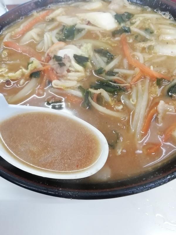 ラーメン ピリカ(行田市)さんのピリカラーメンのスープ