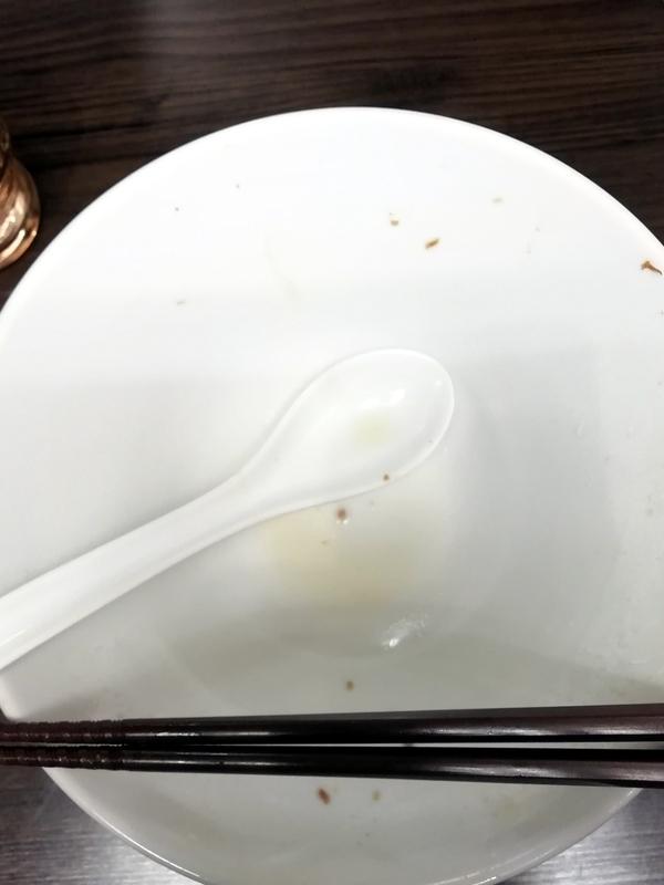 花笑み中華そば かれんさんの特製塩そばを完食・完飲。