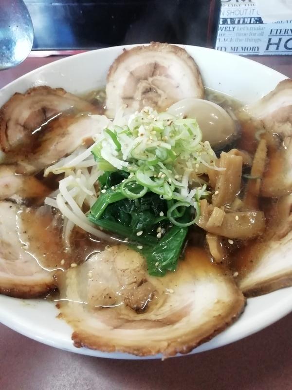 四華郷さんの叉焼麺+煮玉子 950円