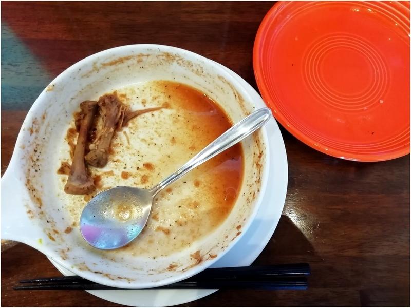 スープカリーおにっこさんのチキンと野菜のカリーを完食。