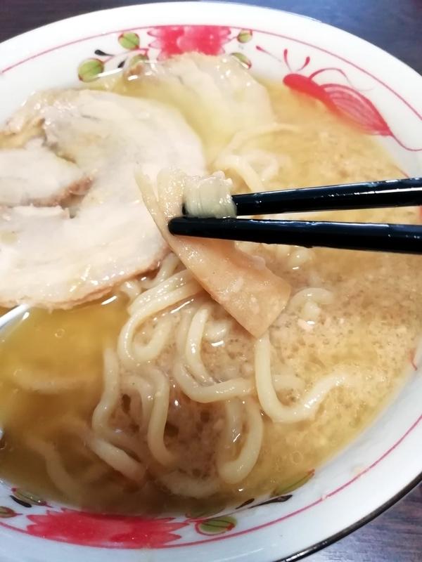超ごってり麺 ごっつ ごってりみそラーメン@宅麺のメンマ