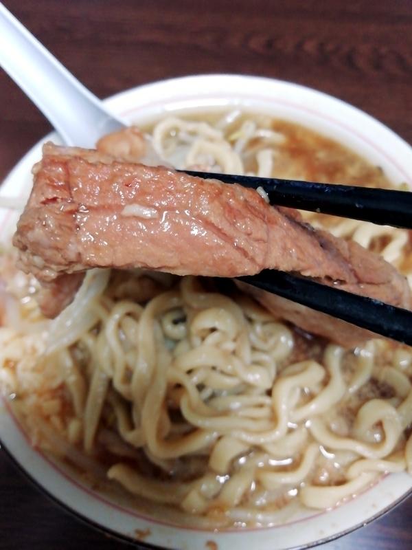 俺の生きる道 白山店 (旧夢を語れ東京) 夢のラーメン@宅麺の巨大豚