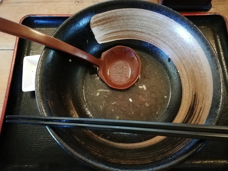 和風らーめん凪さんの凪らーめん(醤油)を完食。