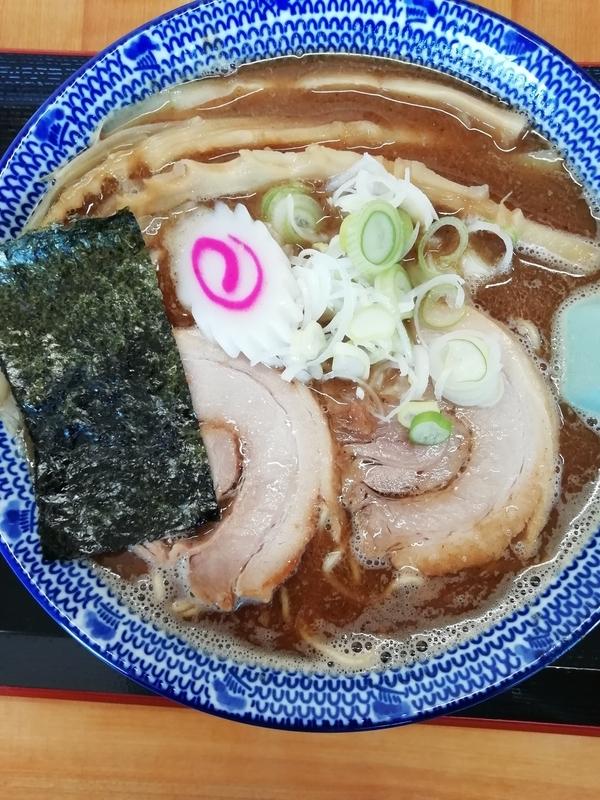 埼玉県加須市の中華そば 香十さんの魚介中華そば(大盛)850円