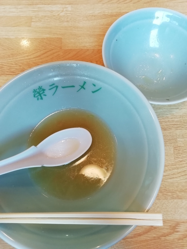 榮ラーメンさんのしょうゆラーメン+チャーシュー丼セットを完食