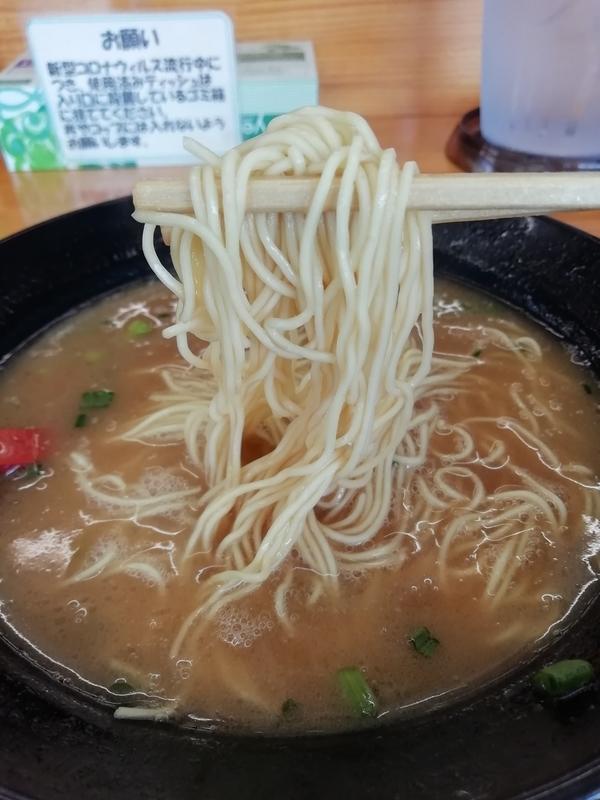 新井商店さんの細麺