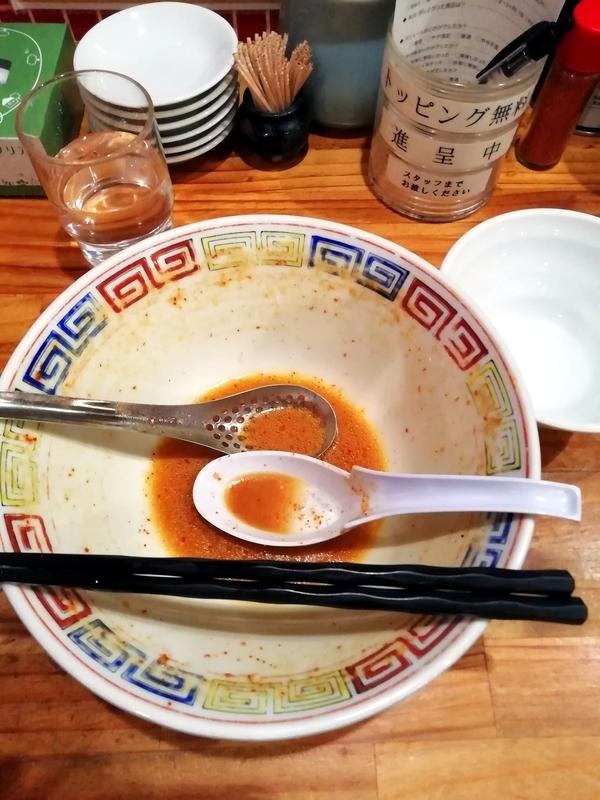らーめん田中家さんのデビルメンと半ライスを完食。