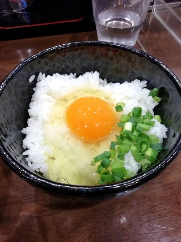 自家製多加水極太麺 ISAMIさんのBeef TKG 200円