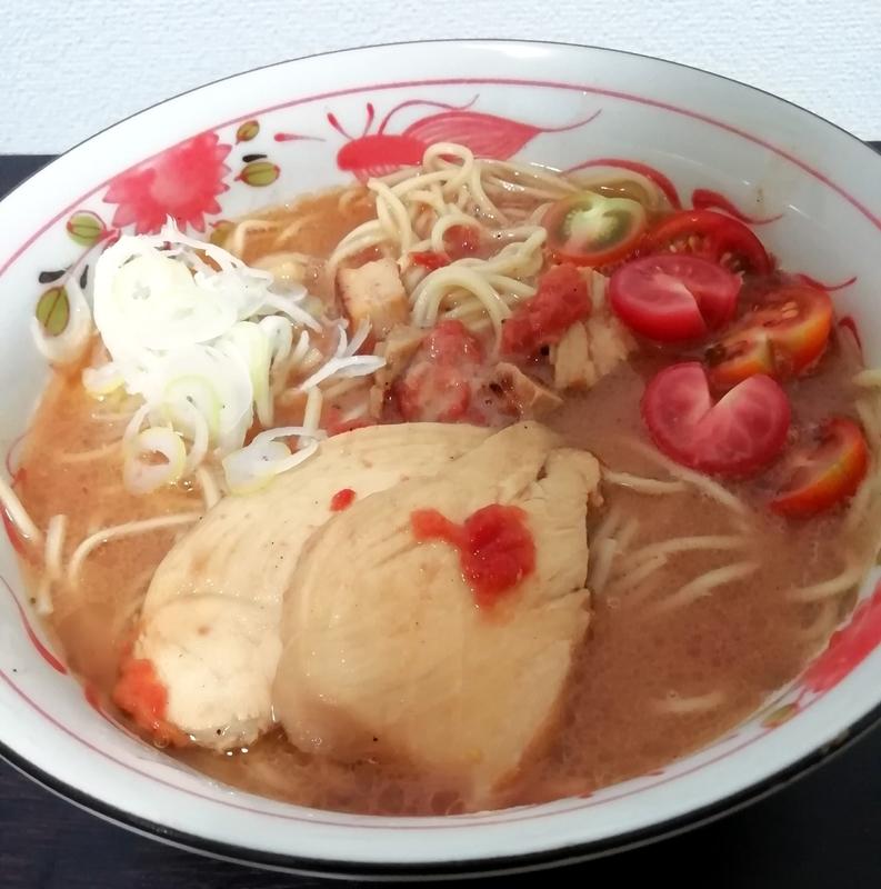 海練さんのトマトンコツラーメン