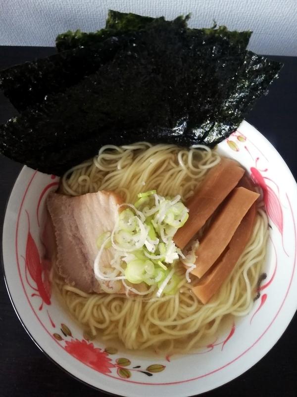 鯛塩そば灯花(とうか)さんの愛媛宇和島 鯛塩らぁ麺@ヌードルツアーズ