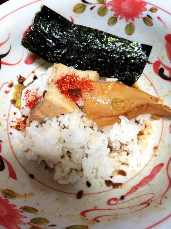 中華そば 葵(あおい)さんのまぜそば@ヌードルツアーズで追い飯を楽しむ。