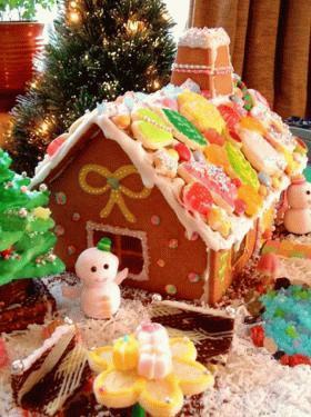 お菓子の家☆.。.:*・°