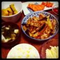 今夜は茄子鶏ミソ炒めとジャガイモナムルとカボチャ煮とミニトマトと