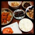 昨夜は塩ジャケと豚汁とナスピーマンマリネと茄子ぬか漬けと納豆ごは