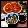 今夜はチキントマト煮とヒジキニンニク炒めと縮緬キャベツスープとカ