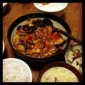 今夜は茄子トマト豆 炒めと蓮根花椒炒めと中華スープとトロロとごは