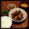 今夜は鳥肉と茄子の甘味噌炒めとほうれん草おひたしと人参ピーマン炒
