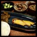 今夜は鰆西京漬と万願寺トウガラシ煮浸しと蓮根花椒炒めとレバークレ