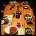 今夜はカレーライスと福神漬けとブロッコリーサラダとビール(´¬`)