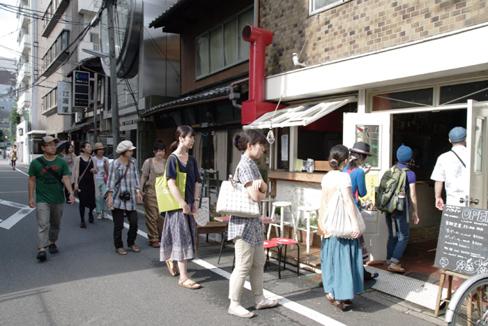 f:id:gallerymain_nakazawa:20110811062134j:image:w640