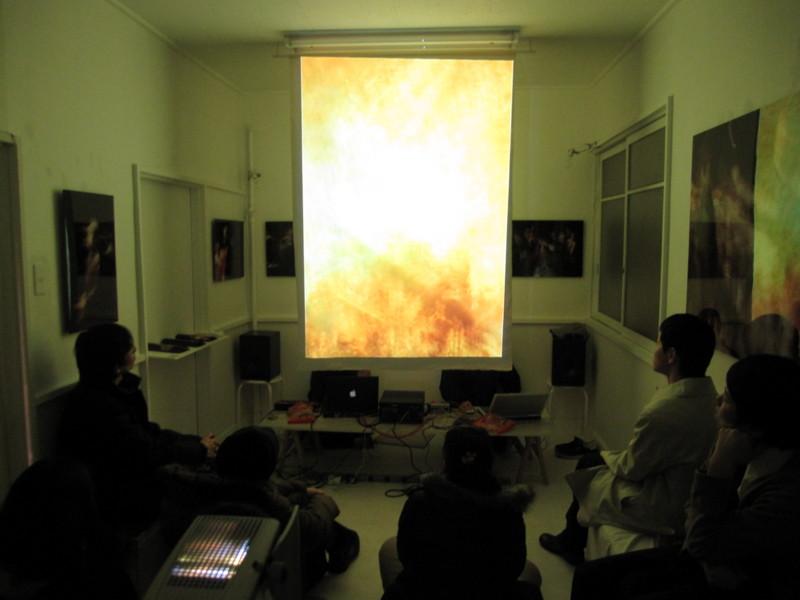 f:id:galleryroom12:20091204202826j:image