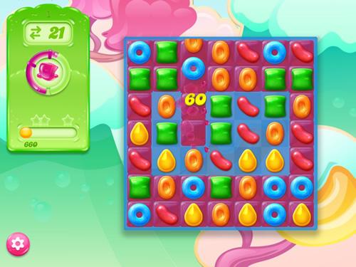 キャンディークラッシュゼリーのパズル画面。ゼリーの領域を広げる様子