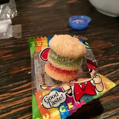 昔懐かしいお菓子、バーガーグミはカービィ64の敵