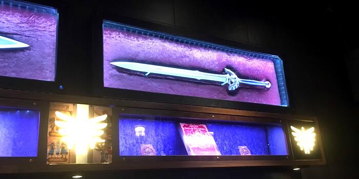 ルイーダの酒場の内観、勇者の剣が飾ってありました