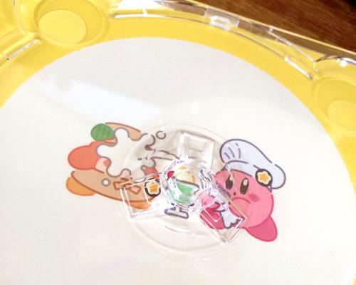 Kirby Cafeで買ったThe Sound of Kirby Café/サウンド・オブ・カービィカフェのCDディスクを外した状態