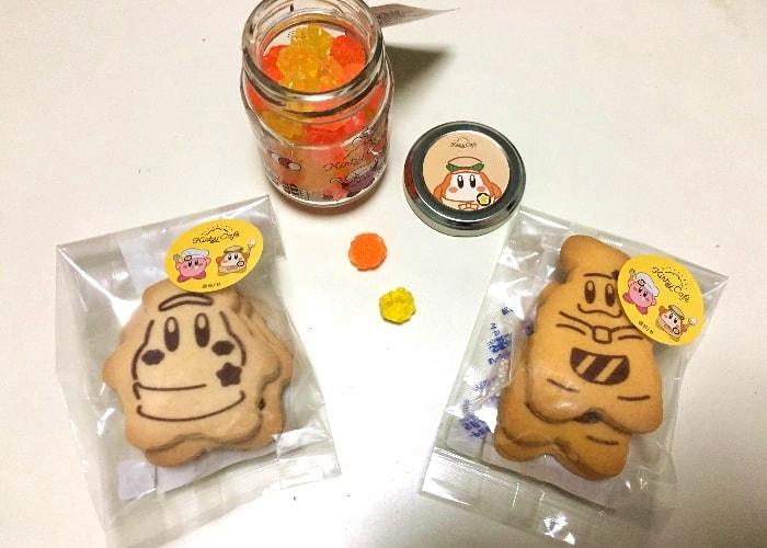 カービィカフェ・ザ・ストアで買ったグッズ。金平糖やクッキー